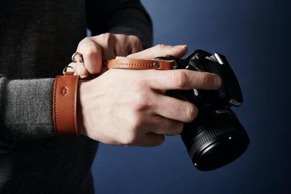 HarberLondon Leather Camera DSLR Adjustable Wrist Strap