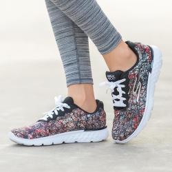 Skechers斯凯奇女款时尚舒适运动休闲鞋,TPU线条鞋面时尚,回弹缓震性能佳