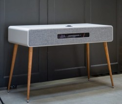 Ruark Audio – R7 High Fidelity Radiogram
