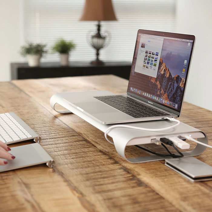 """ProBASE HD Aluminum USB Type-C Multifunctional Stand for 2016/2017 MacBook Pro 13"""" and 15"""""""