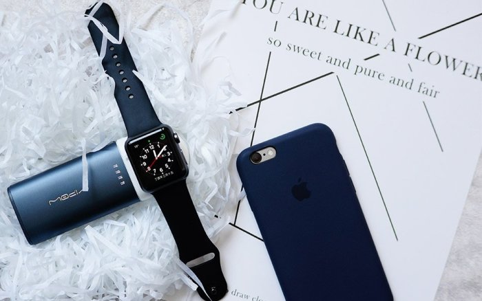 MIPOW Portable Apple Watch & iPhone Charger