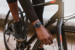 Amazfit Verge Fitness Tracking Smartwatch comes with 11 sport modes