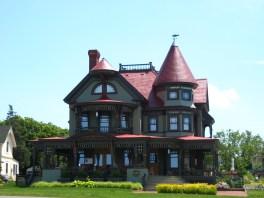 Victorian Mansion overlooking the ocean