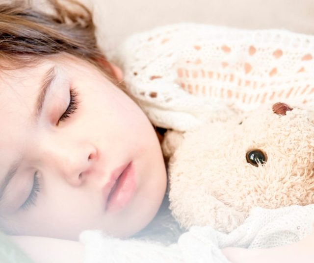 How Many Hours And Sleep Cycles Do You Need?