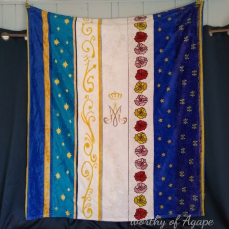 Mary_s mantles blanket hanging