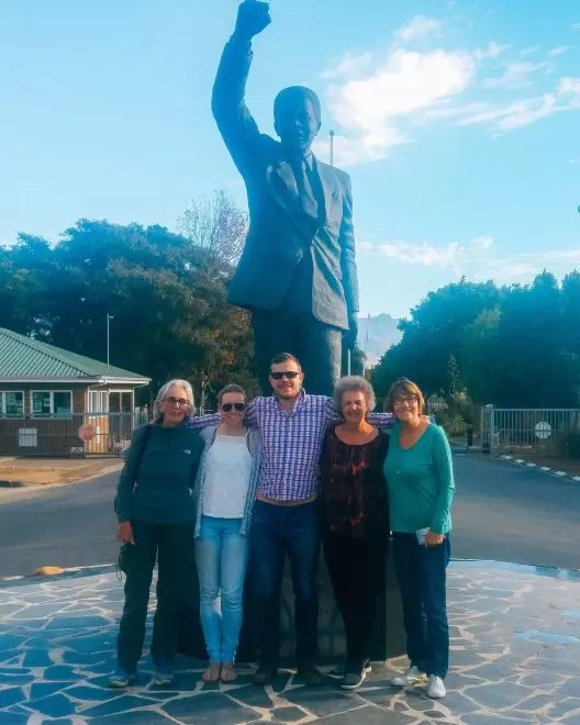 How to travel in South Africa: Group tour