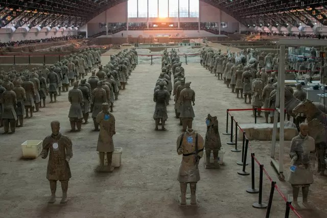 Busy Terracotta Warriors hall with crowds during Golden Week