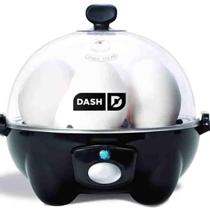 Dash egg cooker in black