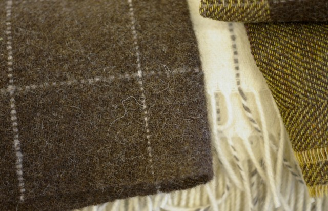 laura's-loom-fabrics