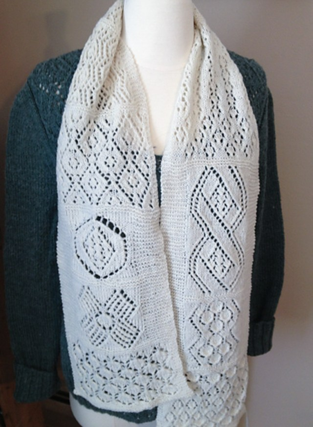 sampler_scarf_Donna_Druchunas