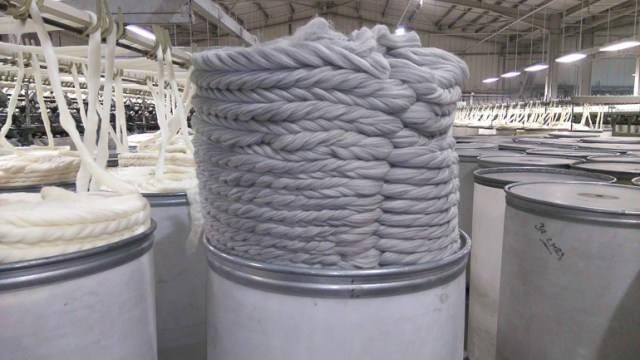 40KG Can of blended wool tops!