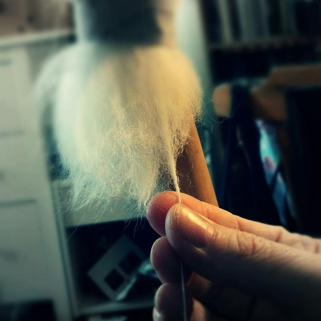 The works and days of hands... #spinningyarn #spinna #spindlespinning #wool #shetlandwool #wovember2015