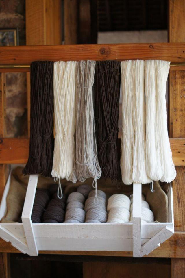 Tarndie yarns in natural white, silver and brown