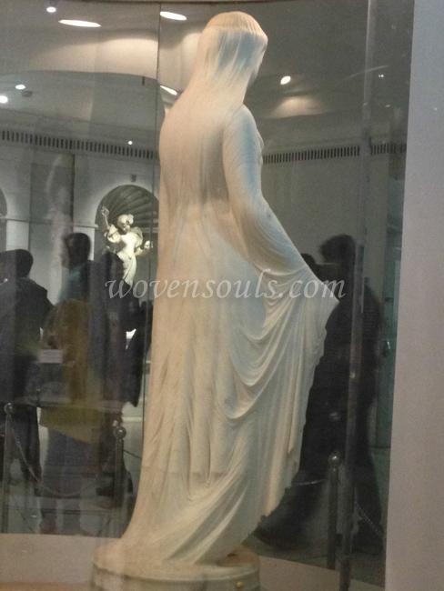 Wovensouls-Salar-Jung-Museum-Veiled-Rebecca-s-13