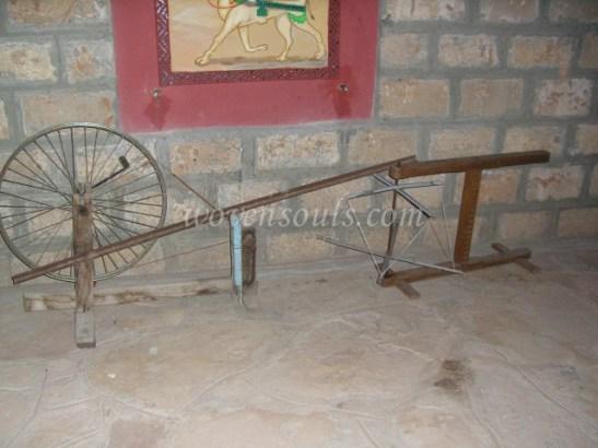Wovensouls-hand-loom-photo-2 (1)
