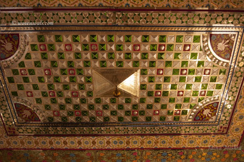 Traditional-Rajasthan-House-Art-Jaisalmer11