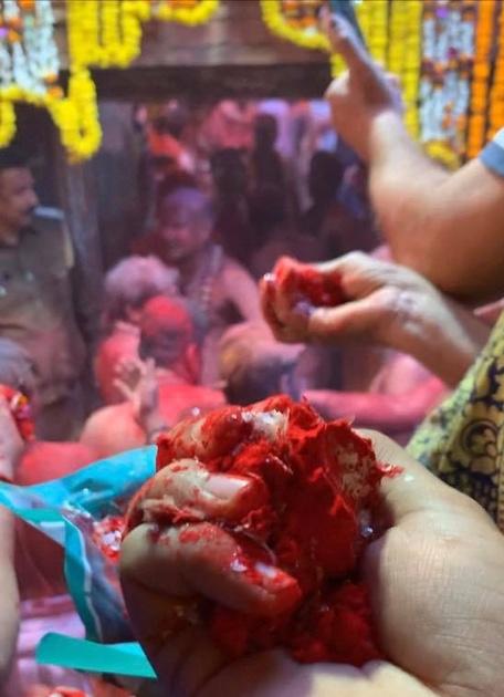 Rangbhari Ekadashi at Kashi Vishwanath Mandir,