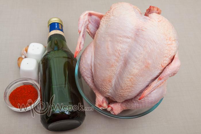 مرغ در یک بطری در دستور العمل فر