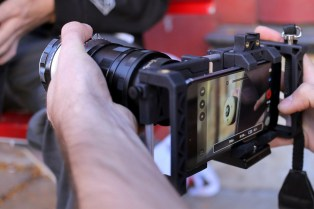 beastgrip-pro-camera-phone-lens-mount-03-1200x800