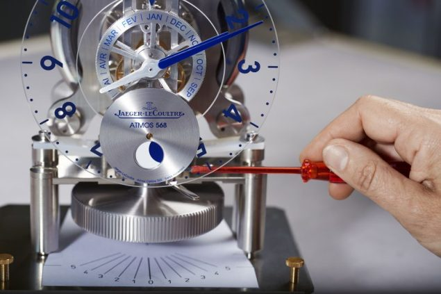 making-of-atmos-568-by-marc-newson-johannsauty-jaeger-lecoultre-9-e1476692442863