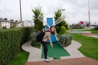 crazy-golf_-southend_-wowingemoji