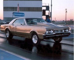 Chris's 1967 Oldsmobile 442 - @ The Track