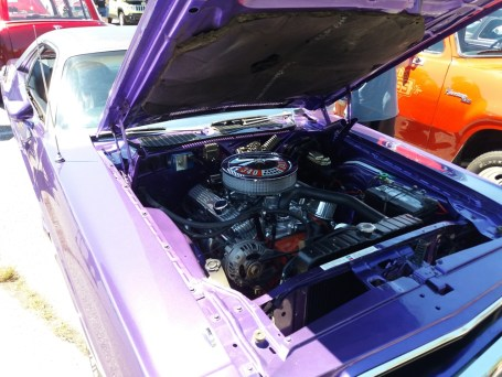 Plymouth Challenger - Engine Bay