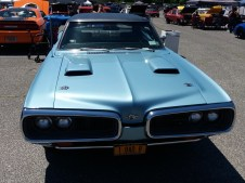 1970 Dodge Super - Front