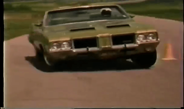 1971 Oldsmobile 442 Convertible W30 Runs the Pylon Course