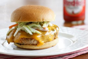 Buffalo Turkey Burgers | http://www.skinnytaste.com/2012/05/buffalo-turkey-burgers-with-blue-cheese.html