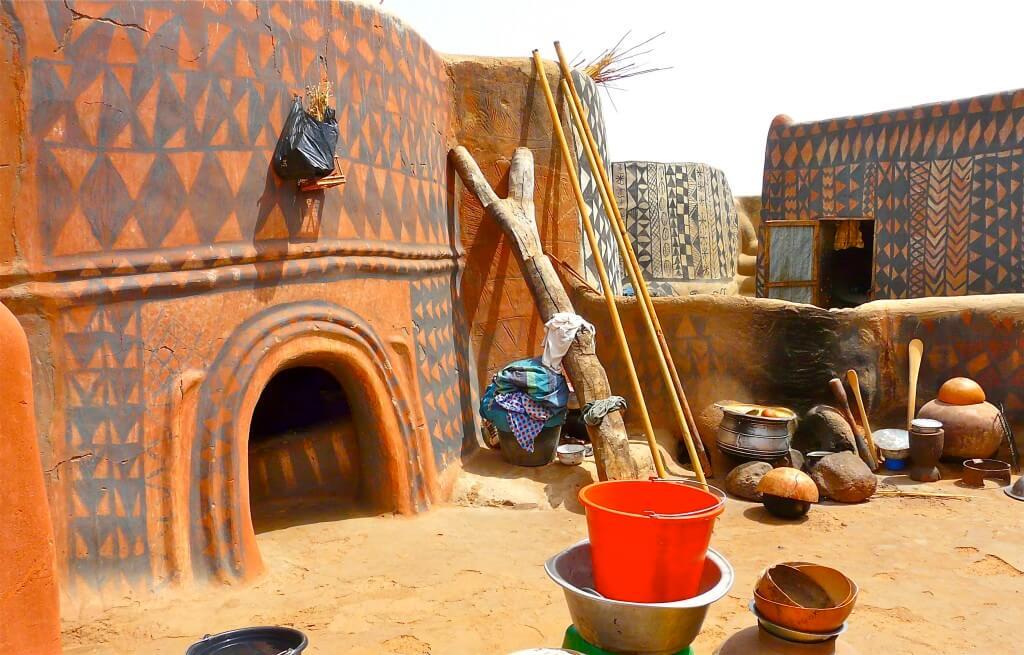 Tiébélé village - in Burkina Faso (12)
