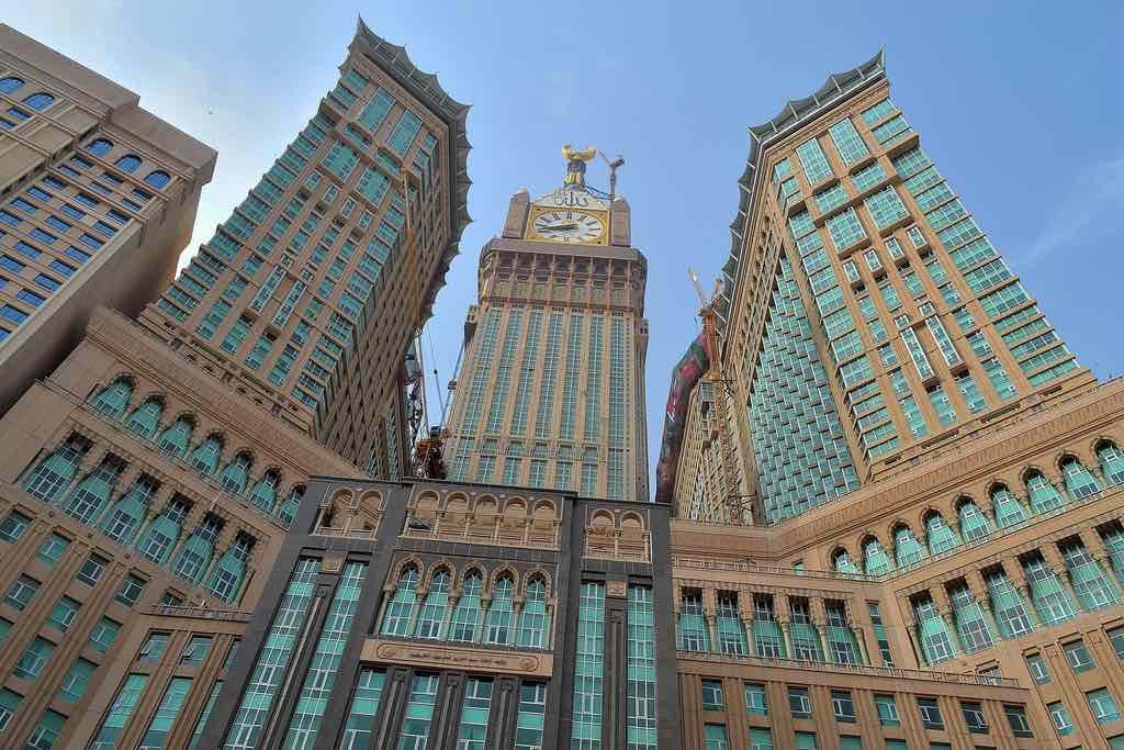 Abraj al-Bait, Mecca - by Gigi-dreams:Flickr