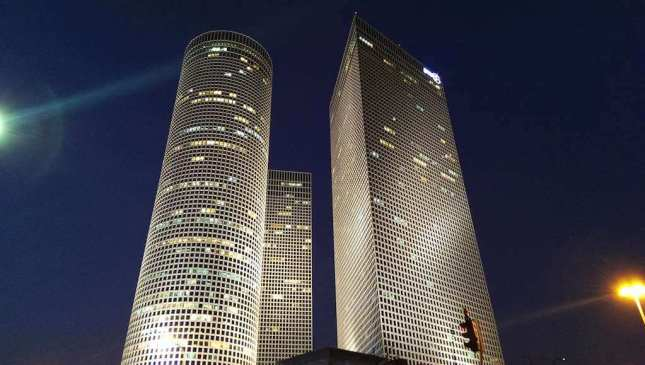 Azrieli Center, Tel Aviv - by Sarah M - [Sarah M] :Flickr