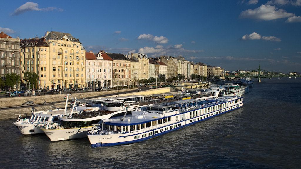 Danube Cruise, Budapest - by Nicolas Vollmer:Flickr