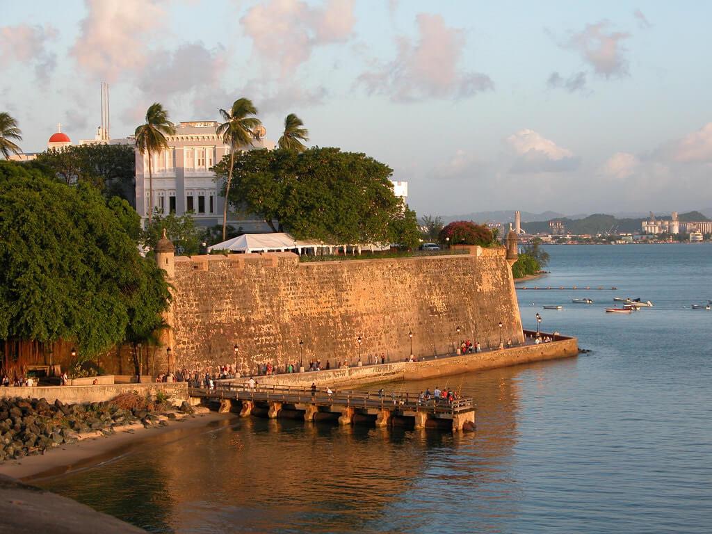 Palacio de Santa Catalina, Puerto Rico - by Jose Montalvo - Guaraguao:Flickr