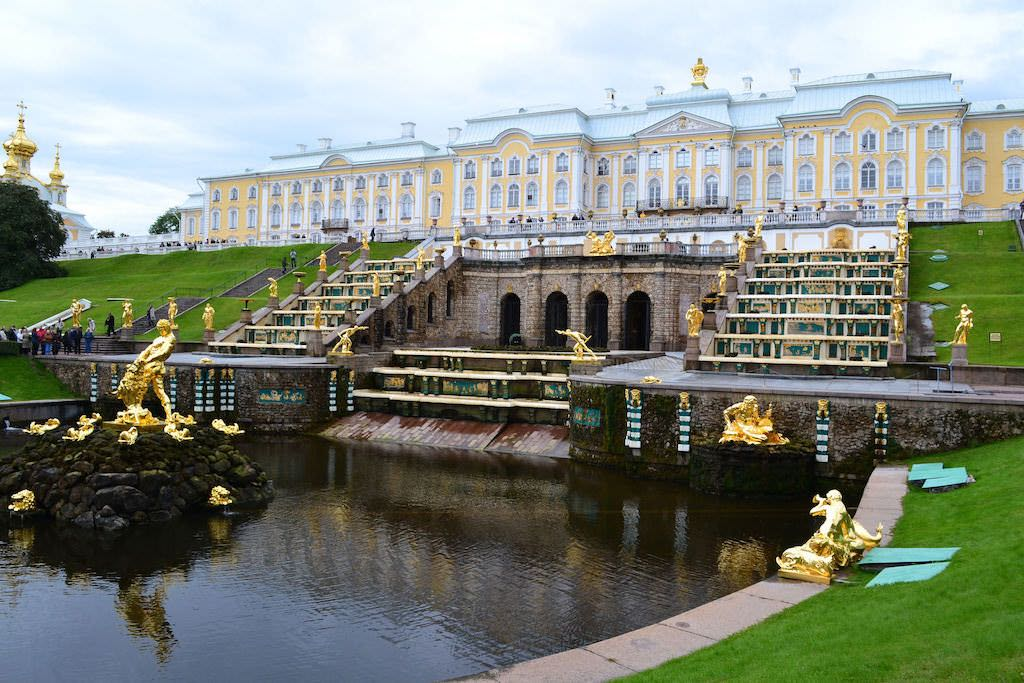 Peterhof Palace, St. Petersburg - by Larry Koester - larrywkoester:Flickr