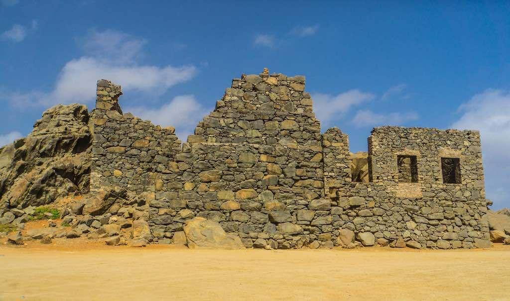 Balashi Gold Mill Ruins, Aruba - by David D'Agostino - lokeswari:Flickr