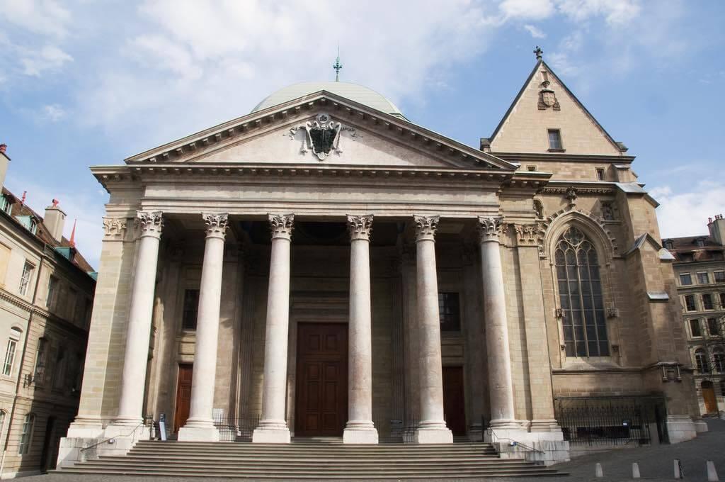 Cathedrale St. Pierre, Geneva - by bigbirdz:Flickr
