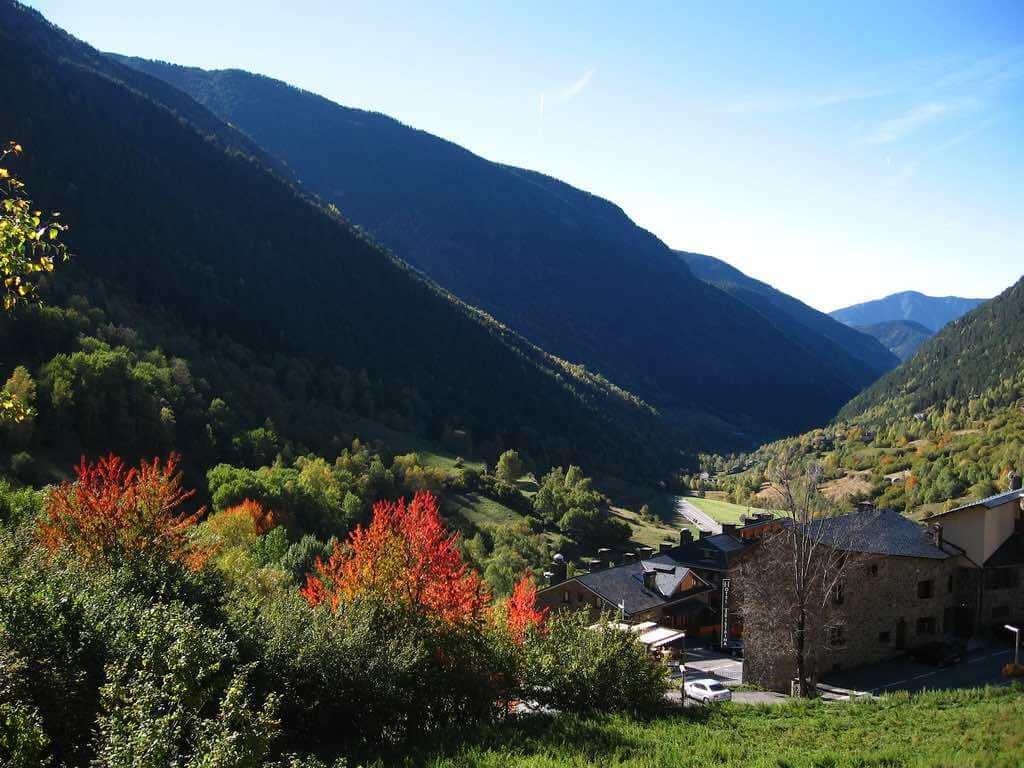 El Serrat, Andorra - by Y. Ballester:Flickr