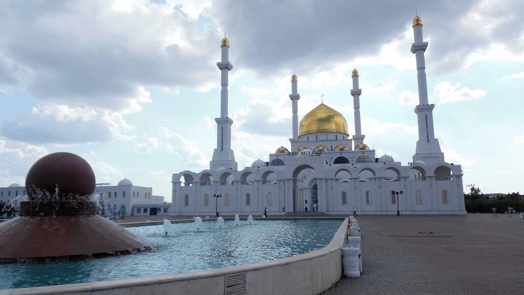 Central Mosque, Kazakhstan - by Alex J. Butler - alexjbutler:Flickr