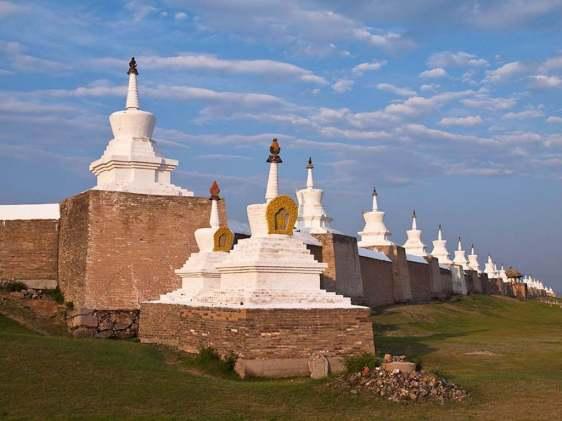 Erdene Zuu Monastery, Mongolia - by Evgeni Zotov/Flickr