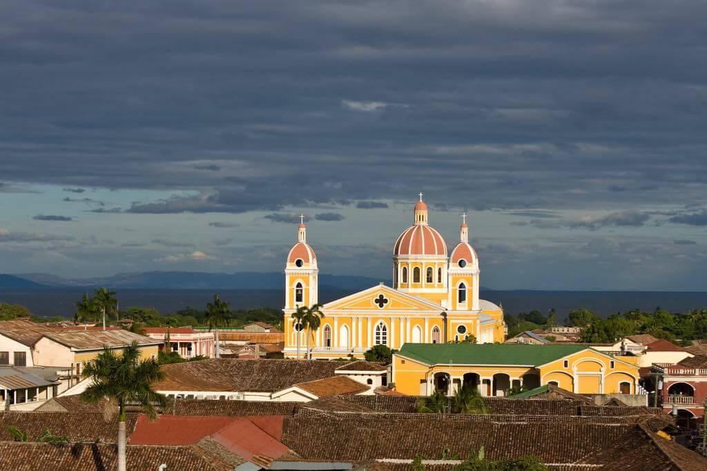 Granada, Nicaragua - by Paul and Holly Ragan - theragans:Flickr