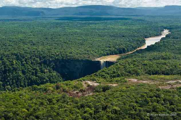 Kaieteur Falls, Guyana - by Allan Hopkins - Hoppy1951:Flickr