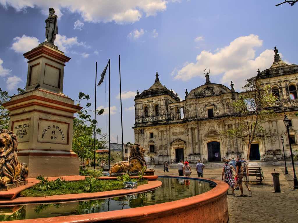 Leon, Nicaragua - by Javier Losa - javier.losa:Flickr