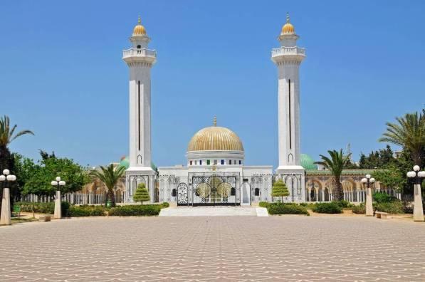 Mausoleum of Habib Bourguiba, Monastir, Tunisia - by Dennis Jarvis - archer10 (Dennis) (58M Views):Flickr