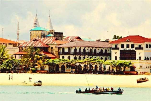 Stone Town, Zanzibar, Tanzania - by SarahTz :Flickr