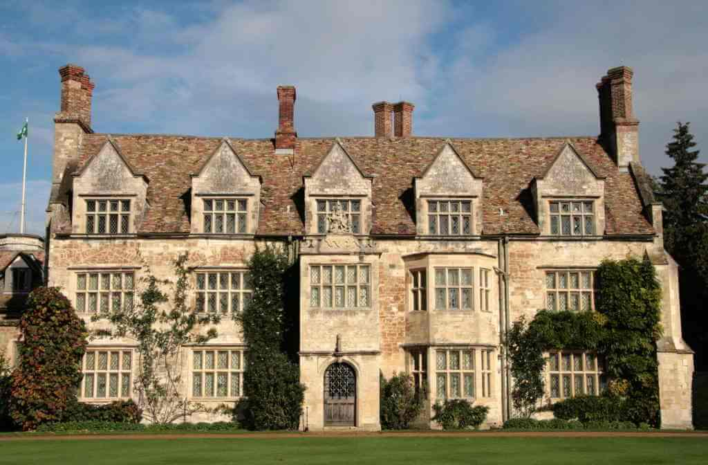 Anglesey Abbey - by Karen Roe/Flickr.com