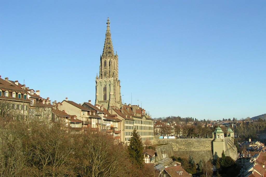 Bern Minster - by André P. Holzer - Mike Switzerland:Wikimedia