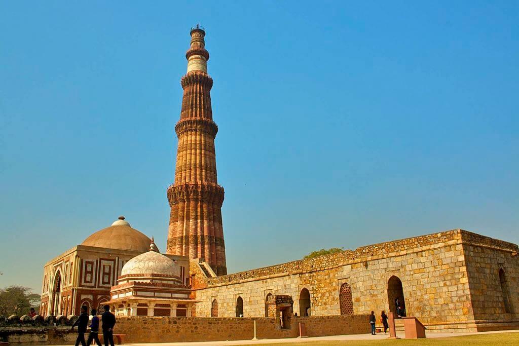 Qutub Minar, Delhi - by Sakeeb Sabakka - sakeeb : Flickr