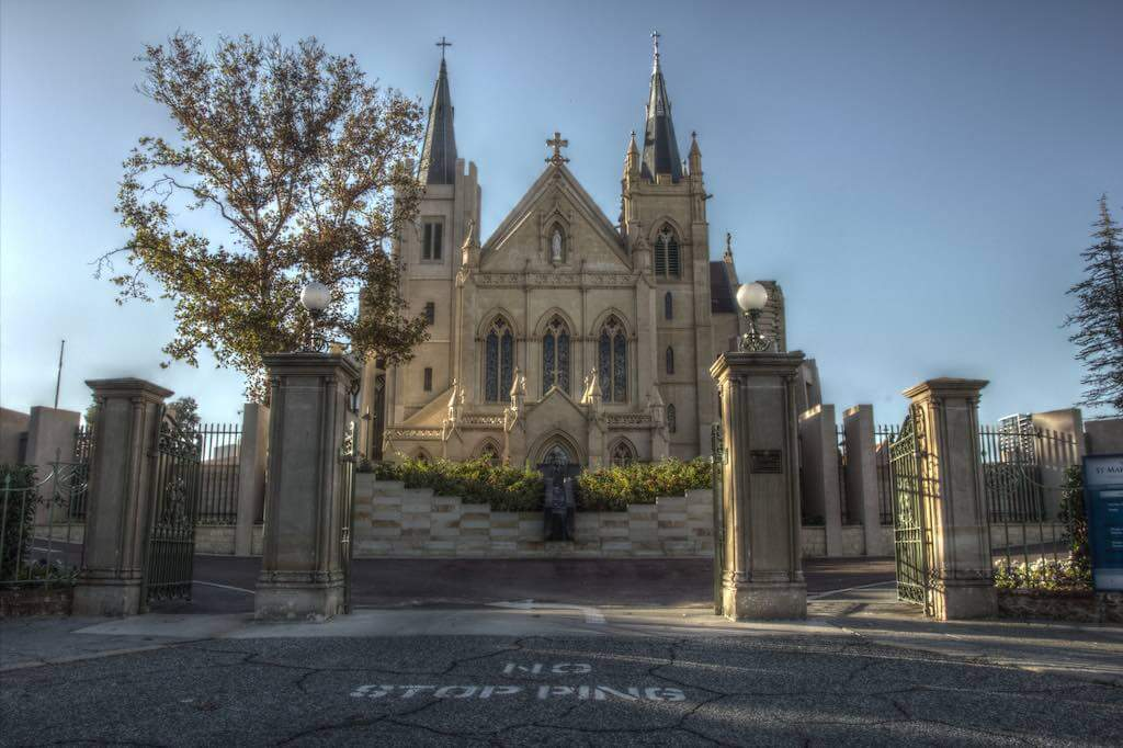St Mary's Cathedral, Perth - by Daniel E Lee:Flickr